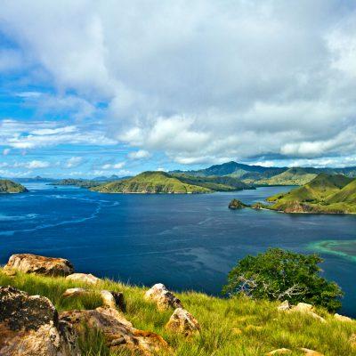 Pemandangan Alam Yang Indah Pulau Komodo