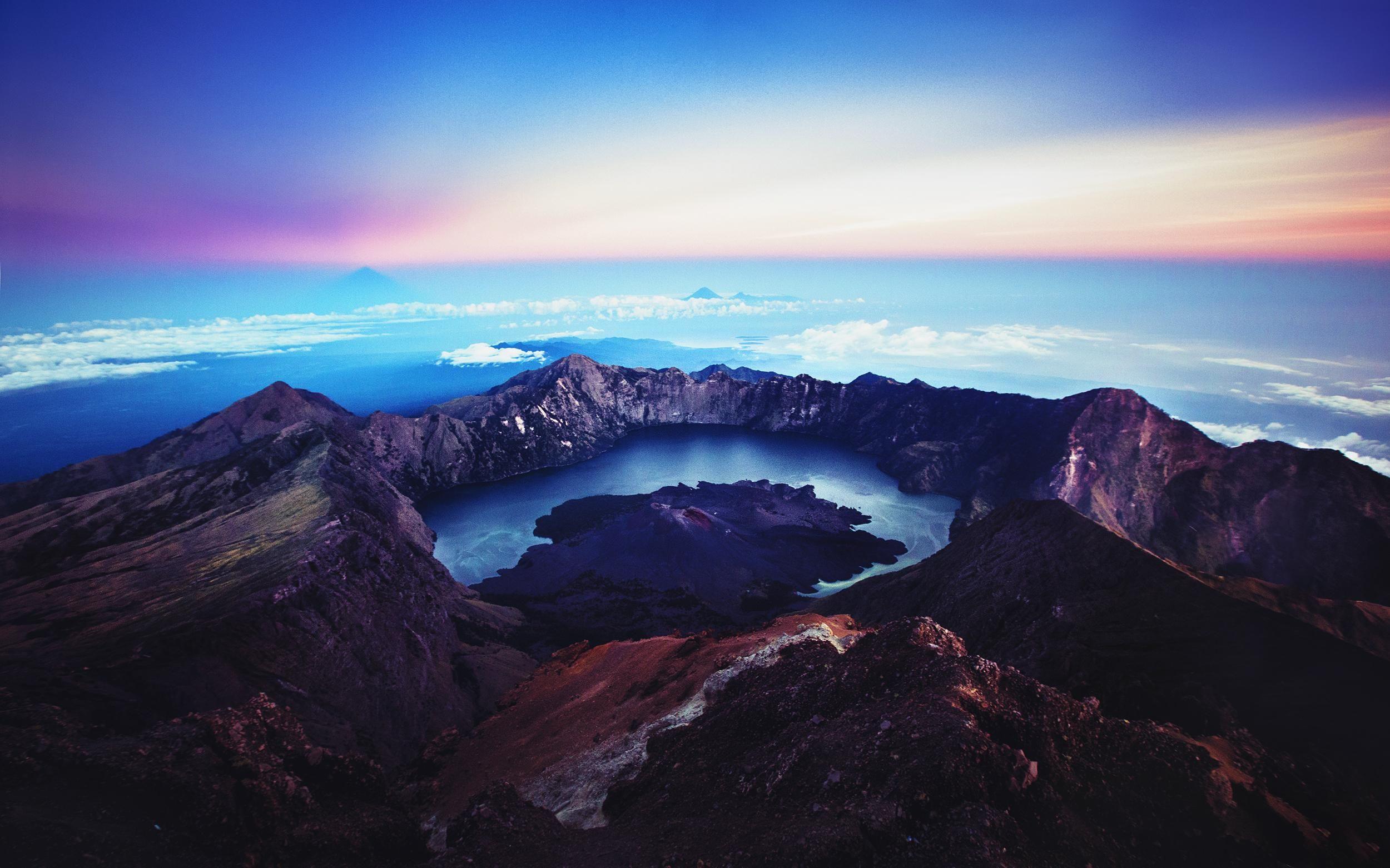 Pemandangan Alam Pegunungan Indonesia Rinjani