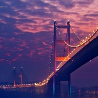 Lampu Malam Jembatan Ungu