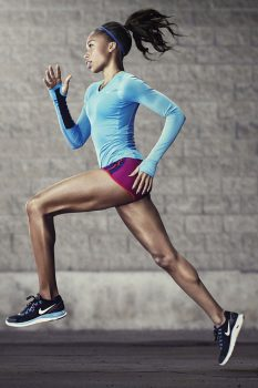 perempuan berolahraga lari