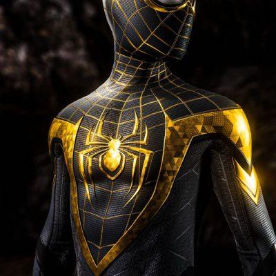 Spiderman Hitam Emas