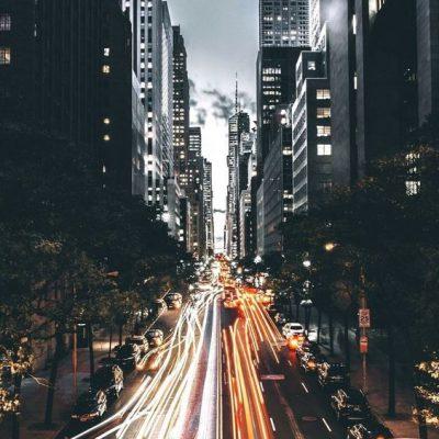wallpaper jalan kota malam